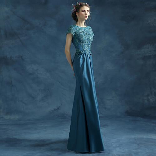 蓝色婚纱图片欣赏 婚纱颜色有什么寓意和讲究-金蟾的寓意有哪些 金蟾图片