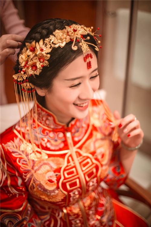 中式婚礼发型图片 短发怎么做新娘中式发型图片