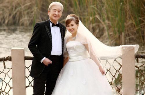 金婚婚纱照多少钱 老人拍婚纱照的注意事项
