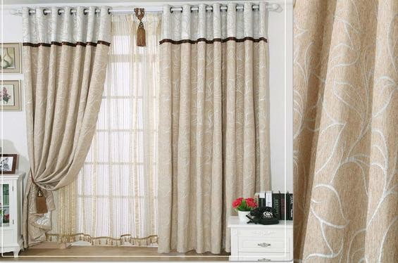 窗帘能够挡住刺眼的阳光,同时一款好的窗帘装饰,能让客厅增色不好说,同时也能让我们的生活舒适惬意。现代客厅窗帘装饰颜色多样、品种繁多,下面下边就为大家带来客厅窗帘效果图大2017图片,希望你能找到一款适合的窗帘。 窗帘能够挡住刺眼的阳光,同时一款好的窗帘装饰,能让客厅增色不好说,同时也能让我们的生活舒适惬意。现代客厅窗帘装饰颜色多样、品种繁多,下面下边就为大家带来客厅窗帘效果图大2017图片,希望你能找到一款适合的窗帘。 客厅窗帘效果图大全2017图片一  长条形的暖色窗帘,搭配轻薄的半透明纱窗,可以很好的
