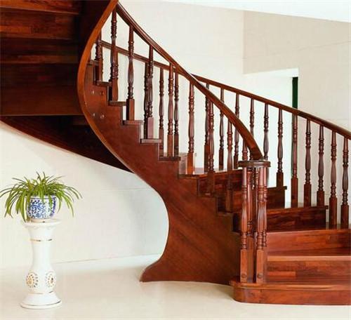 室内楼梯效果图 复式楼梯怎么设计