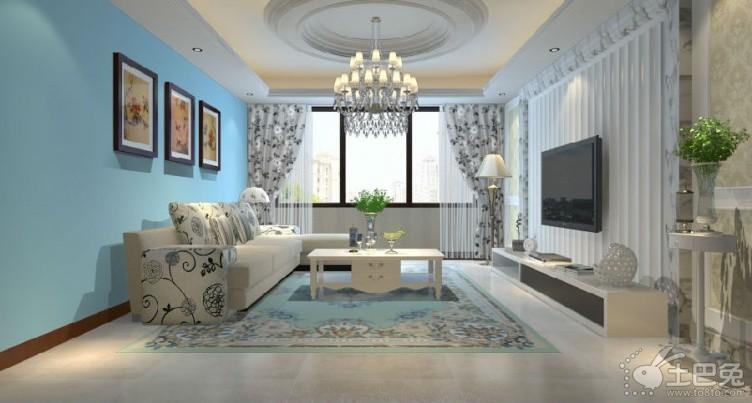 60平米老套房在現在看來雖然是個典型的小戶型,但是如果在室內裝修方面予以注入新的元素,那么,它也會呈現出一種獨特的時尚感的。在套房裝修中,風格的選擇是非常重要的,其次在這個房間的設計上和布局上給出新的元素完全可以讓老房不再老,這也是室內裝修設計的重要特點。  這套老式套房裝修并沒有對整個室內的格局最調整,整體保持了房屋原來的格局形式。在占地面積最大的客廳中采用玻璃門與布簾設計隔斷出一個小書房出來,這樣使得偶爾在家工作有了一個安靜獨立的環境氛圍,在不辦公的清下可以將布簾與玻璃門推開,讓書房與客廳呈現為一體的