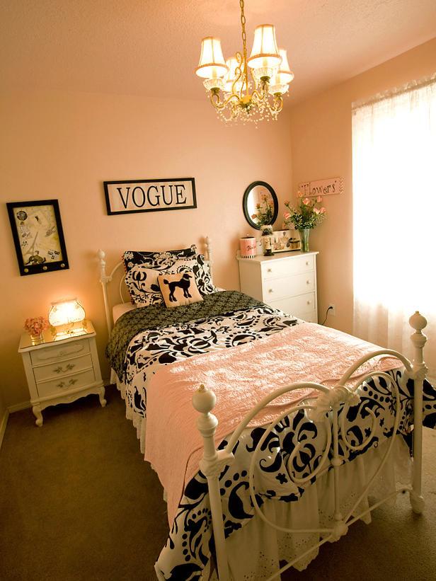 欧式巴黎风格的女孩的卧室